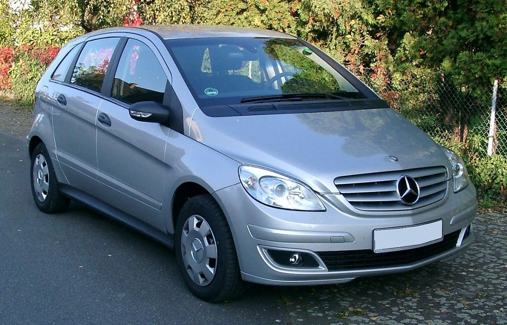 mercedes-benz-b-class-rent-a-car-belgrade